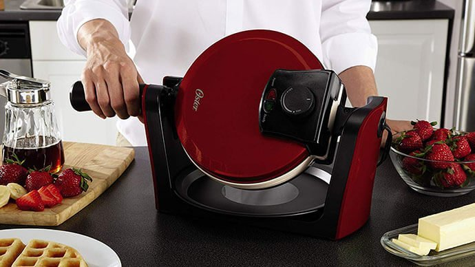 4 No-Nonsense Waffle Iron Reviews